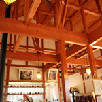 カフェピボディ - 天井が高くて気持ちいい。2010年12月撮影。