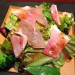 豚肉創作料理 やまと - サラダ