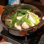 さなみ - 地鶏と白仁田ねぎのすき焼き1,000円(税別) ※煮てます
