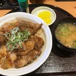 とんかつや漫遊亭 - イベリコ豚の豚丼定食¥626(税込)