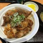 とんかつや漫遊亭 - イベリコ豚の豚丼(拡大)