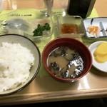 きくよ食堂 - イカソーメン定食