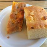 59758570 - 食べ放題のパン