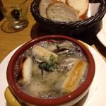 トドス - 葱と牡蠣のアヒージョ