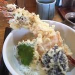 盛喜 - 天丼(ご飯少なめで注文)