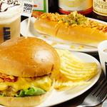 ヌーンプラスカフェ - ハンバーガー 650円〜