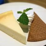 ヌーンプラスカフェ - ニューヨークチーズケーキ 600円