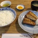 季節料理 三味 - さば塩焼定食(750円)