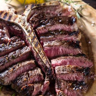 一頭買い近江牛と国産牛Tボーンステーキ