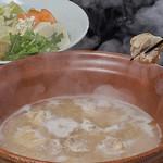 酔灯屋 - 【水炊き】オーガニック野菜と自家製スープの水炊きです
