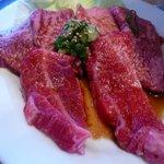 焼肉 昌久園 - 料理写真:カルビ