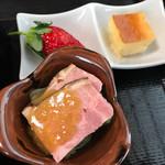 季節料理 樂風 - 小鉢とデザート