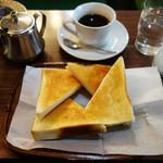 モト - バタートースト       コーヒー