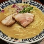 麺道 而今 総本家 - 塩ラーメンぽくなけど、塩ラーメンですよ!