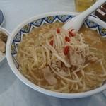 中国ラーメン 揚州商人 - 限定/豚肉の超コラーゲン麺+大盛り+ライスセット       2016/12/05