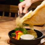 肉×ラクレットチーズ Tree House Diner - 2016.12 ラクレット温野菜と温泉玉子の野菜プレート