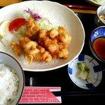 KITCHENひろ - とり天定食:690円
