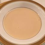 KKRホテル東京 - カリフラワーのクリームスープ