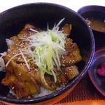 帯広豚丼・つけ麺 甚平 - 豚丼でーーーすw
