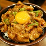 豚々亭 - 豚丼(620円)玉子(50円)