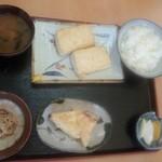 塩の里 - 豆腐定食(950円)