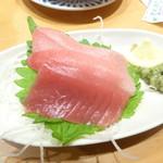 大起水産 回転寿司 - お造り(トロ、赤身)