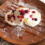 Lily's Café - ふわふわマカダミアパンケーキ