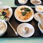猪八戒 - 日替わりのお得ランチ(料理2品)860円