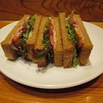 59800634 - コシヅカハムのライ麦サンド