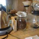 isajia coffee and tea - 店内
