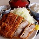 かつ亭 - 料理写真:メガロースかつ定食350g ¥1550