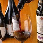 ASADOR DEL PRADO - お料理に合わせたワインを多数ご用意しております。