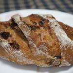 パンやきどころ RIKI - ノアレザン、くるみとレーズンのパン、170円(税別)