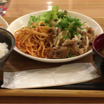 59807103 - 豚生姜焼きの日替わり定食(800円)