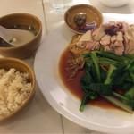 シンガポール海南鶏飯 - シンガポール海南鶏麺 蒸し980円 2016.11撮影