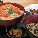 魚菜心伝 なかの家 ルクア大阪店 - 牡蠣フライ丼(2016/11月撮影)