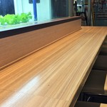 サブウェイ 野菜ラボ - レタス側カウンター席