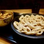 59819141 - [2016/12]肉汁つけうどん(800円)+中盛(50円)