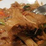 チャンパー - スパイシー焼ビーフン;麺はこんな感じ