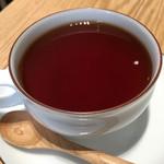 ウズナオムオム - ランチセットの紅茶