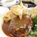 阿部食堂 - から揚げ・ハンバーグ定食