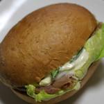 クリーム・クレーム お菓子職人 - 料理写真:てりやきチキンサンド