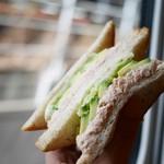 サンドイッチハウス メルヘン - アボガドツナサンド