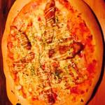 カーヴ 隠れや - 照り焼きチキンのマヨピザ