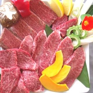 旨い「石垣牛」を!しっかりとした肉質の4等級の焼肉に舌鼓…