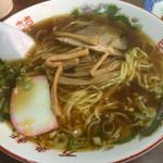 中華料理 萬来軒 - 醤油ラーメン