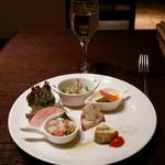 オステリア ミオ・バール - 彩り鮮やかな6種類の前菜です
