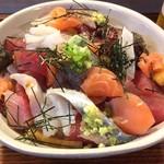 59842758 - 2016.12                       ある日のバラ海鮮丼                       1000円