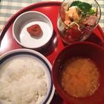 59843497 - お味噌汁とご飯とサラダと「梅干」