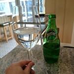 59844668 - ドリンクはシャンパンやワインビールなどでもOK
